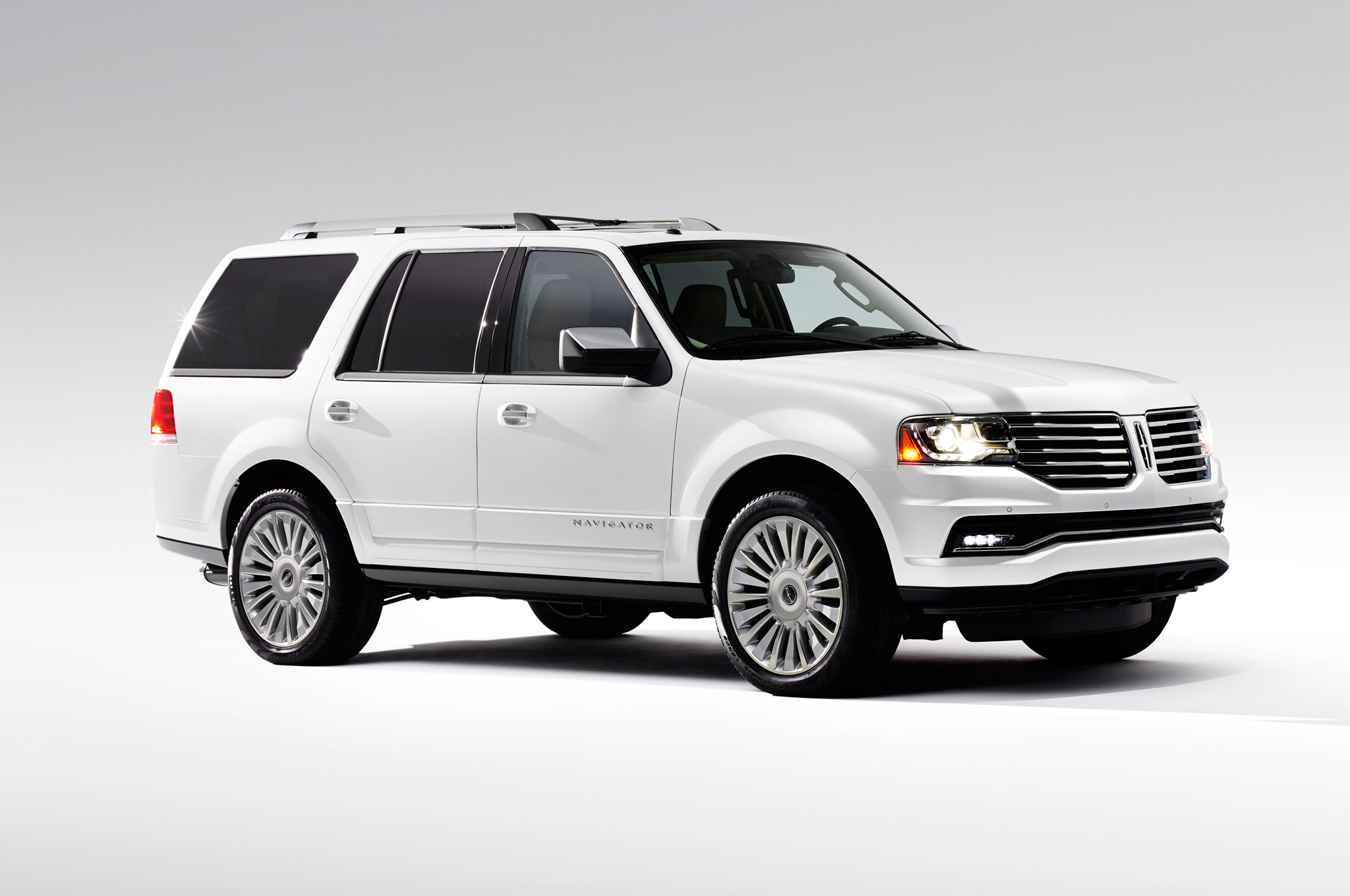 2015 lincoln navigator clipart transparent download AutomotiveTimes.com | Lincoln Navigator 2015 Photo Gallery transparent download