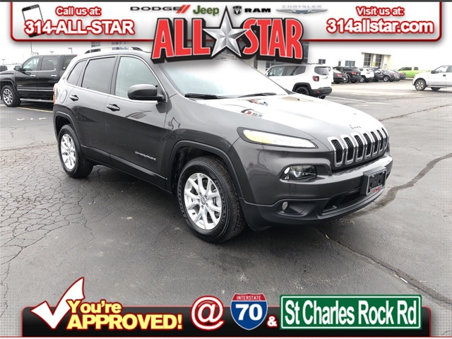 PRE-OWNED 2018 JEEP CHEROKEE LATITUDE PLUS 4WD banner royalty free download