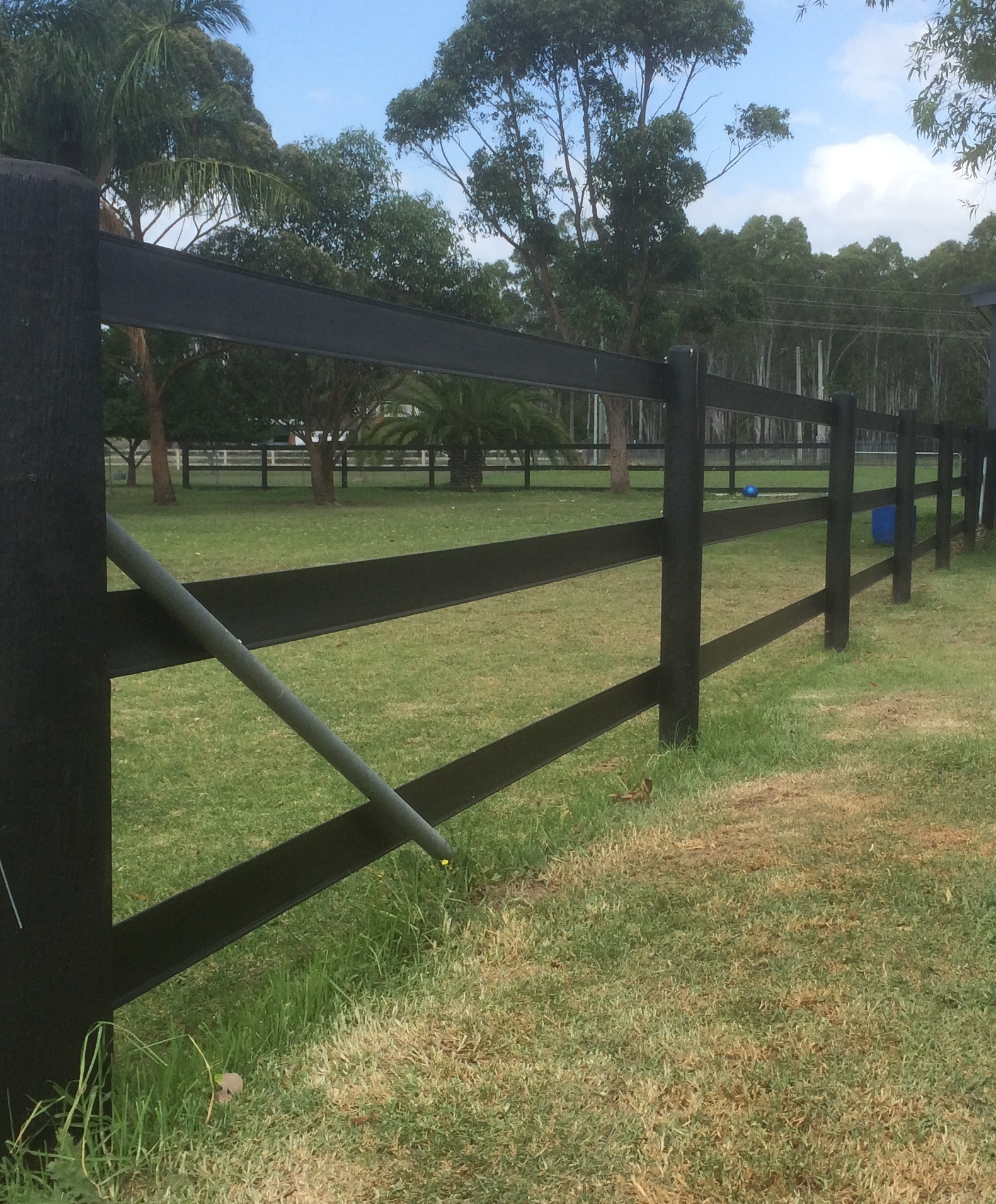 3 rail fence clipart picture royalty free stock What sort of posts are required for Bounce Back Horse Fence? - picture royalty free stock