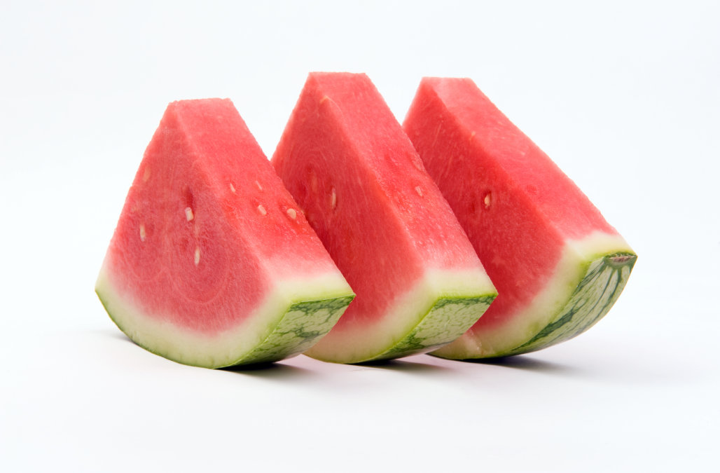 6 health facts of watermelon clipart freeuse library Watermelon: 9 surprising health benefits of eating a slice every day ... freeuse library