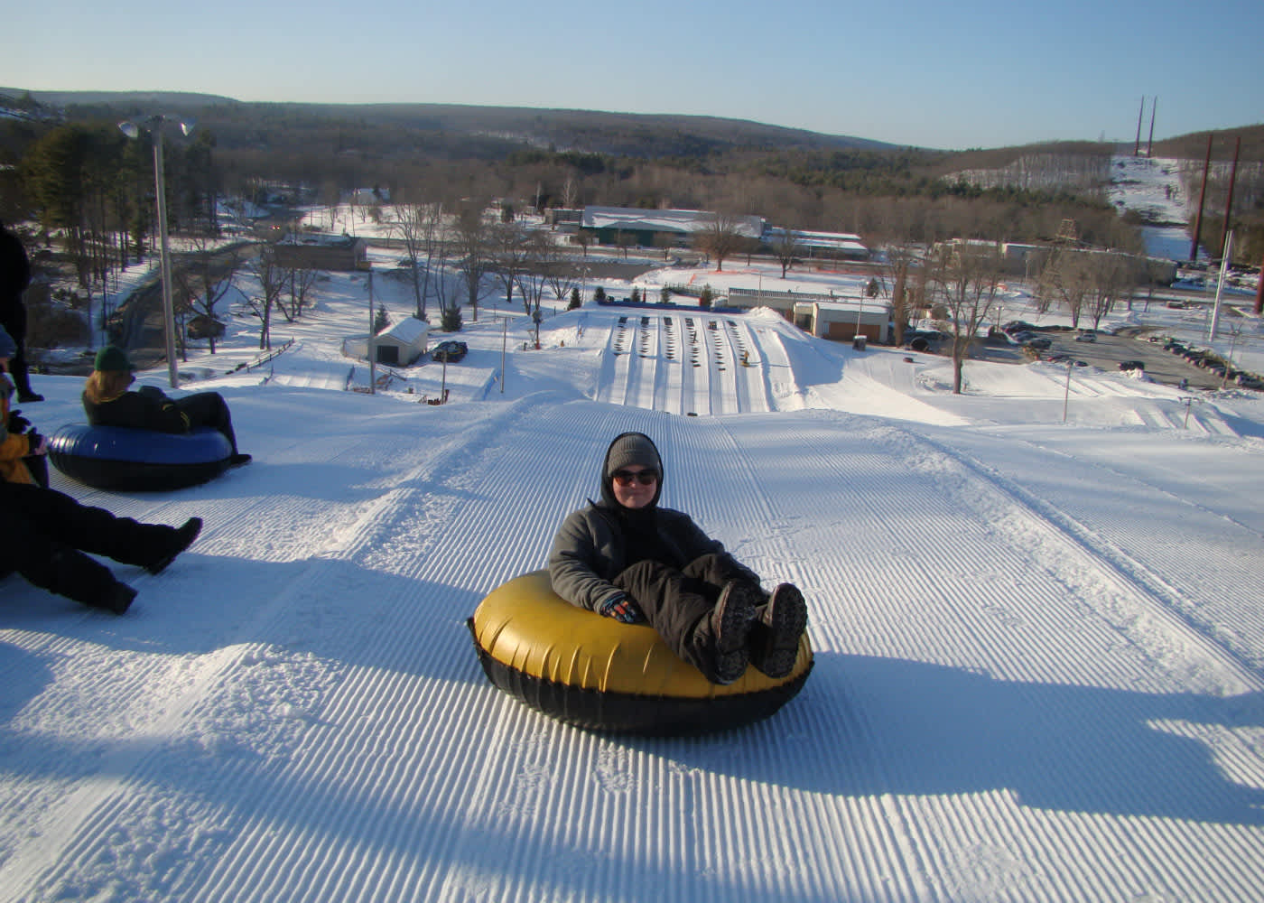 Adults snow tubing clipart graphic black and white library White Lightning Snowtubing   East Stroudsburg, PA 18302 graphic black and white library