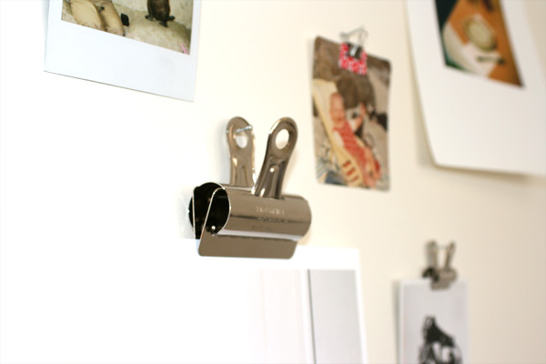 How to hang paper. Artwork clips