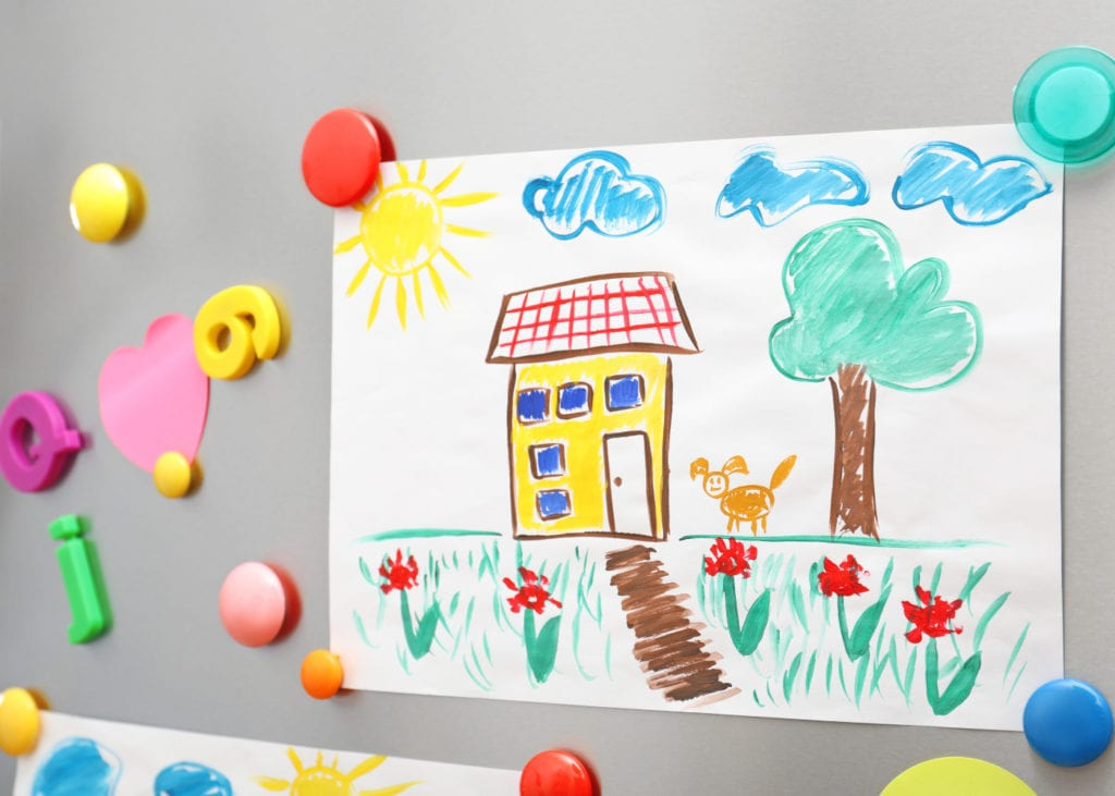 Artwork on the frig clipart royalty free library 5 fun ways to display your kid\'s art at home | HoneyKids Asia royalty free library