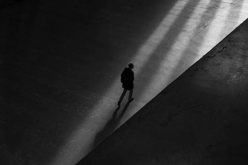Black and white figure walking away into the night clipart clip library stock 1000+ Interesting Walking Photos · Pexels · Free Stock Photos clip library stock