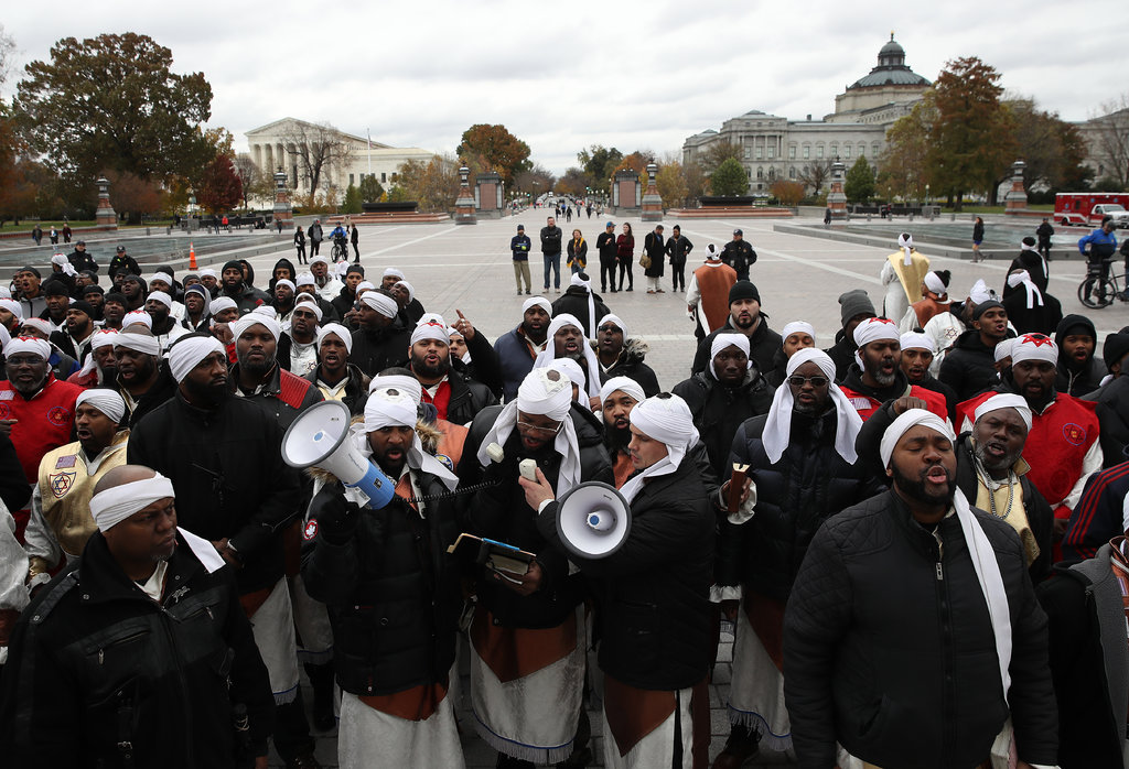 Black hebrew israelites clipart freeuse Hebrew Israelites See Divine Intervention in Lincoln Memorial ... freeuse