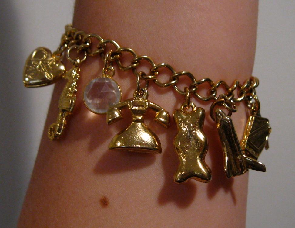 Black woman wearing bracelet clipart vector freeuse download Bracelet - Wikipedia vector freeuse download