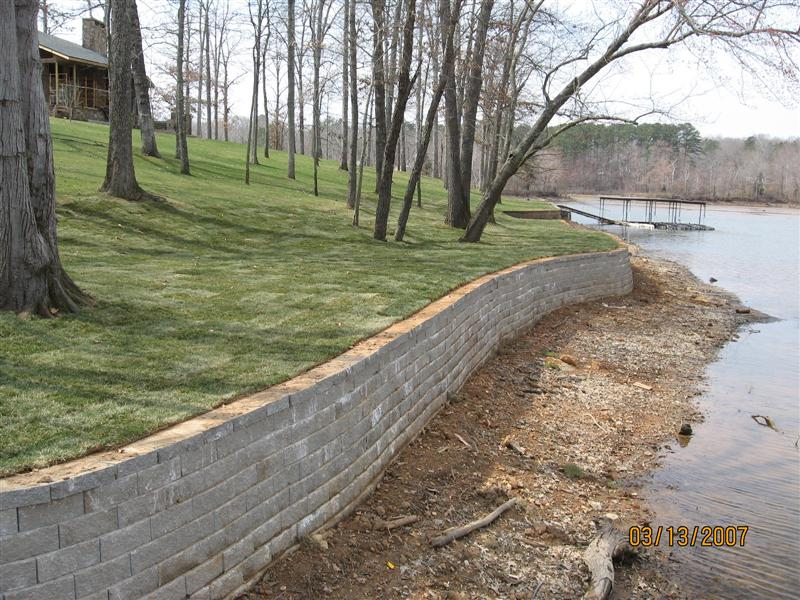 Block retainer wall in the lake clipart png freeuse Lawnmasters Lawn & Landscape, LLC- Landscape Project Pictures png freeuse