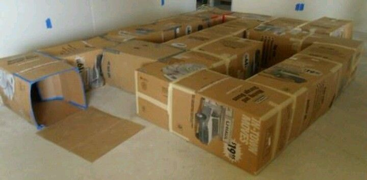 Box tunnel clipart free Cardboard box tunnel - Getting ready for tons of boxes from the move ... free
