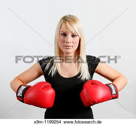 Boxen frau clipart clipart royalty free stock Stock Foto - boxen, frau, in, rot, handschuhe, und, schwarze ... clipart royalty free stock