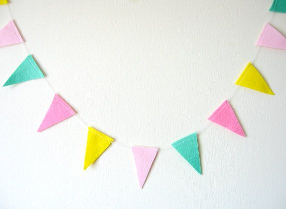 Bright pastel flag clipart clip freeuse stock Bright pastel flag bunting clipart - ClipartFox clip freeuse stock