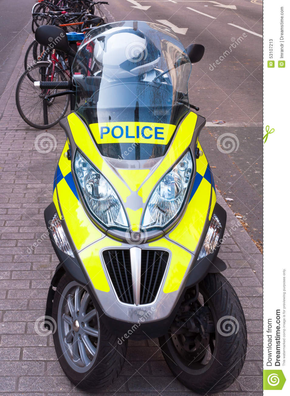 British police car clipart png transparent UK Police Vehicle Parked On A Path In London Stock Photo - Image ... png transparent