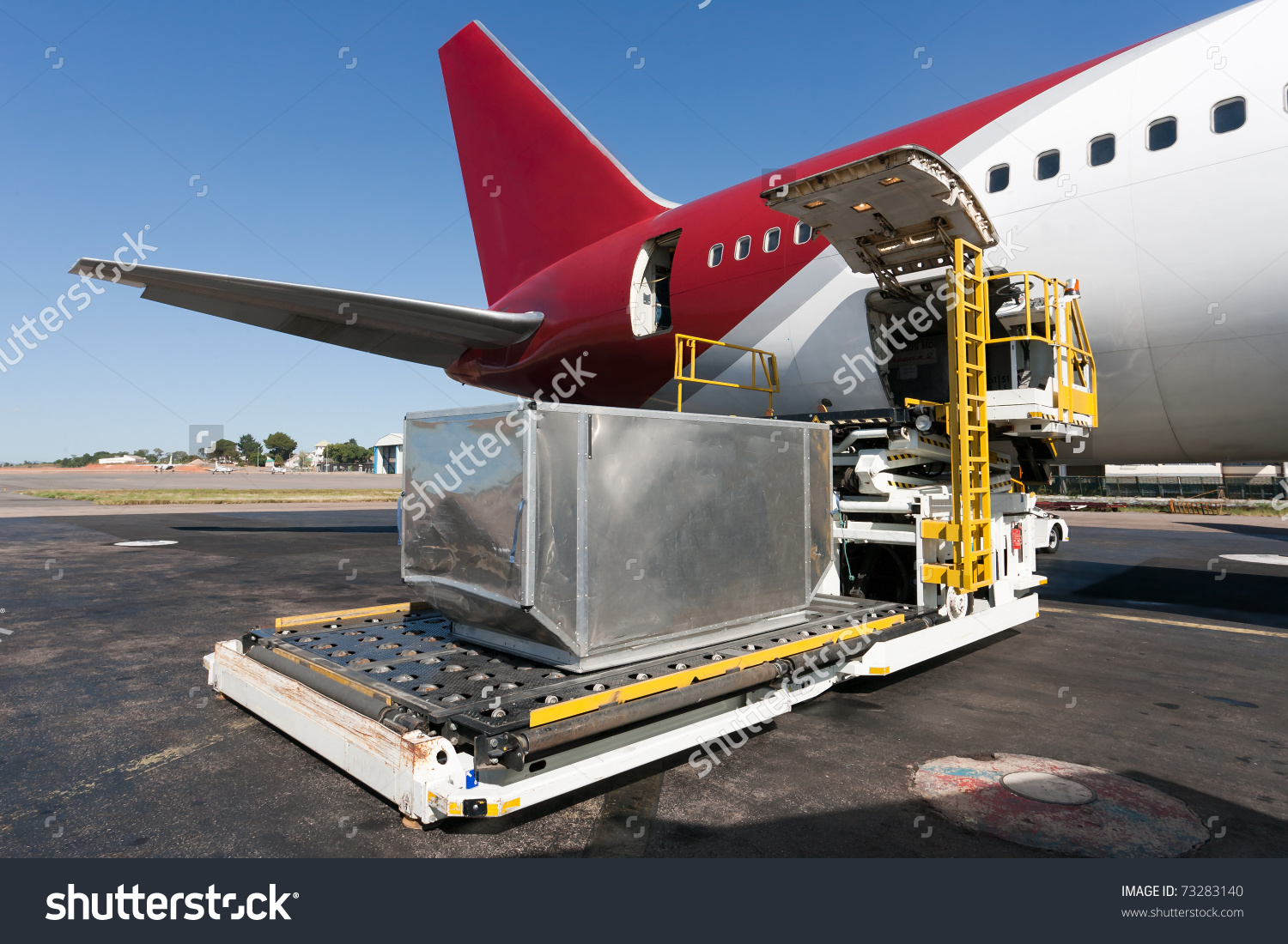 Cargo plane loading clipart jpg library Loading Platform Air Freight Aircraft Stock Photo 73283140 ... jpg library