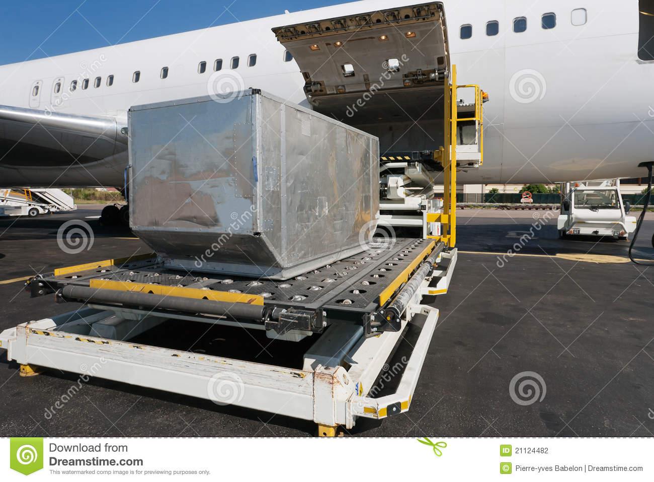 Cargo plane loading clipart jpg library Loading Cargo Plane Stock Photography - Image: 21124482 jpg library