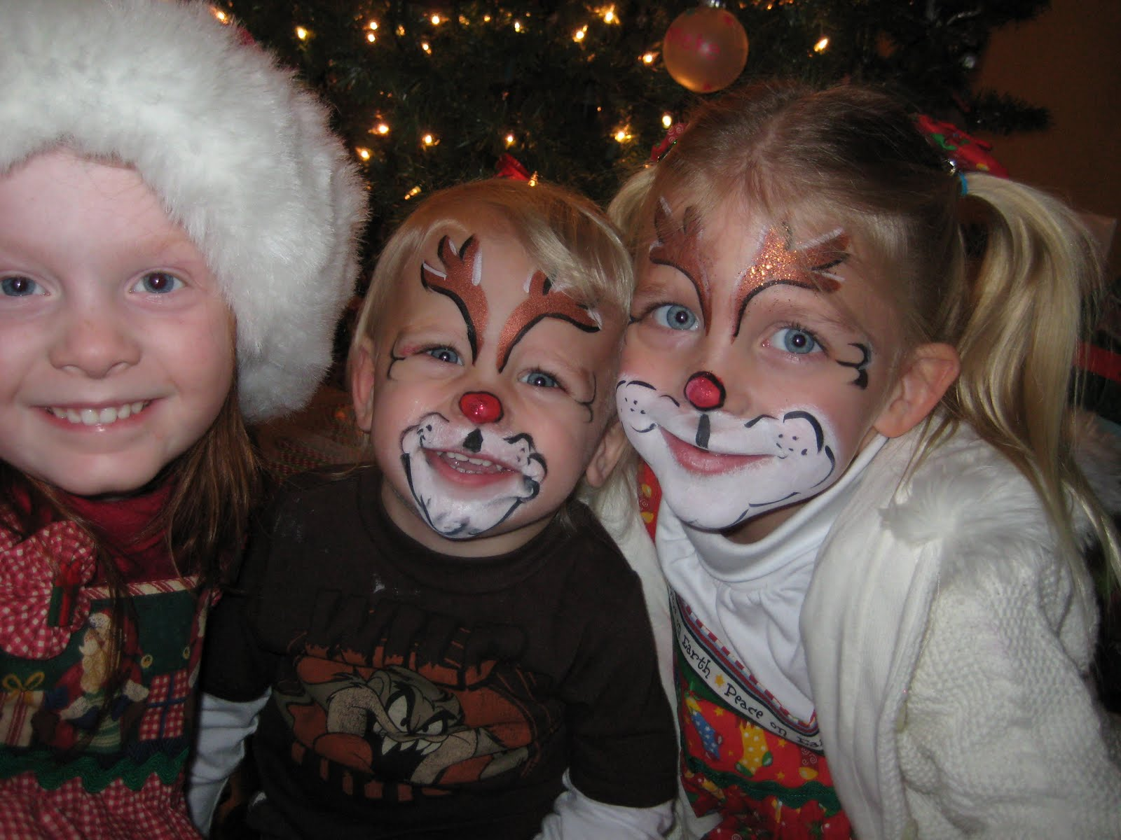 Christmas face painting clipart image black and white download Our Little Horned Frogs: Christmas Caroling image black and white download