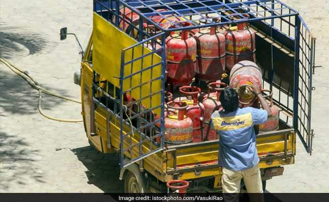 Clipart gas delhi picture stock LPG Cooking Gas Cylinders Get Costlier, Non-Subsidised Rates Up By Rs 59 picture stock