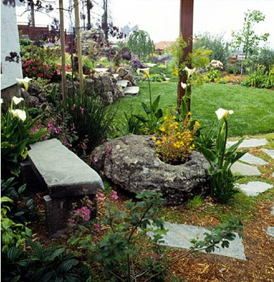 Clipart marajuana in an outdoor garden setting with hills clipart free library Winning the Weed War | Better Homes & Gardens clipart free library