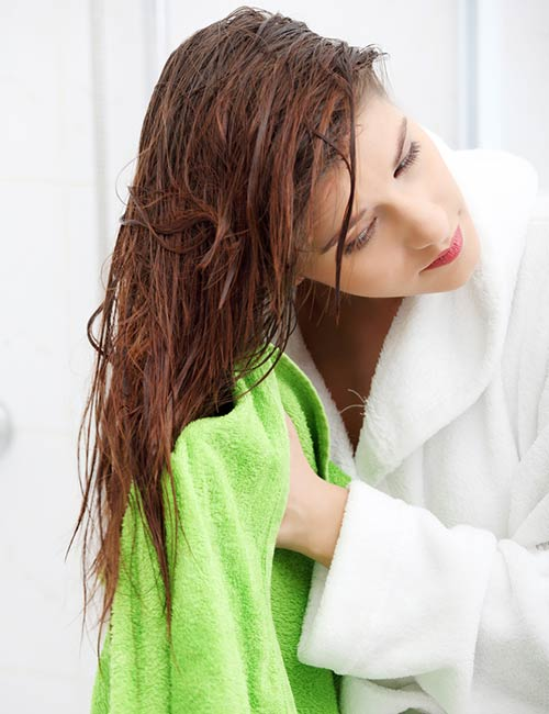 Clipart of girl drying har with towel and hairdryer png transparent library How To Air Dry Hair – Best Ways To Air Dry Hair Of All Types png transparent library