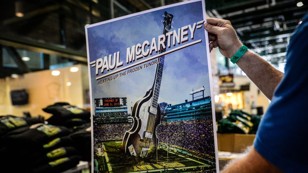 Clipart of lambeau field black and white paul mccartney clip art royalty free Packers and Paul McCartney concert merchandise available at Lambeau ... clip art royalty free
