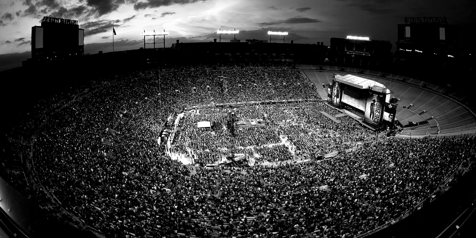 Clipart of lambeau field black and white paul mccartney banner black and white Paul McCartney with The Bar Rally - Bus to Lambeau Field in Green ... banner black and white
