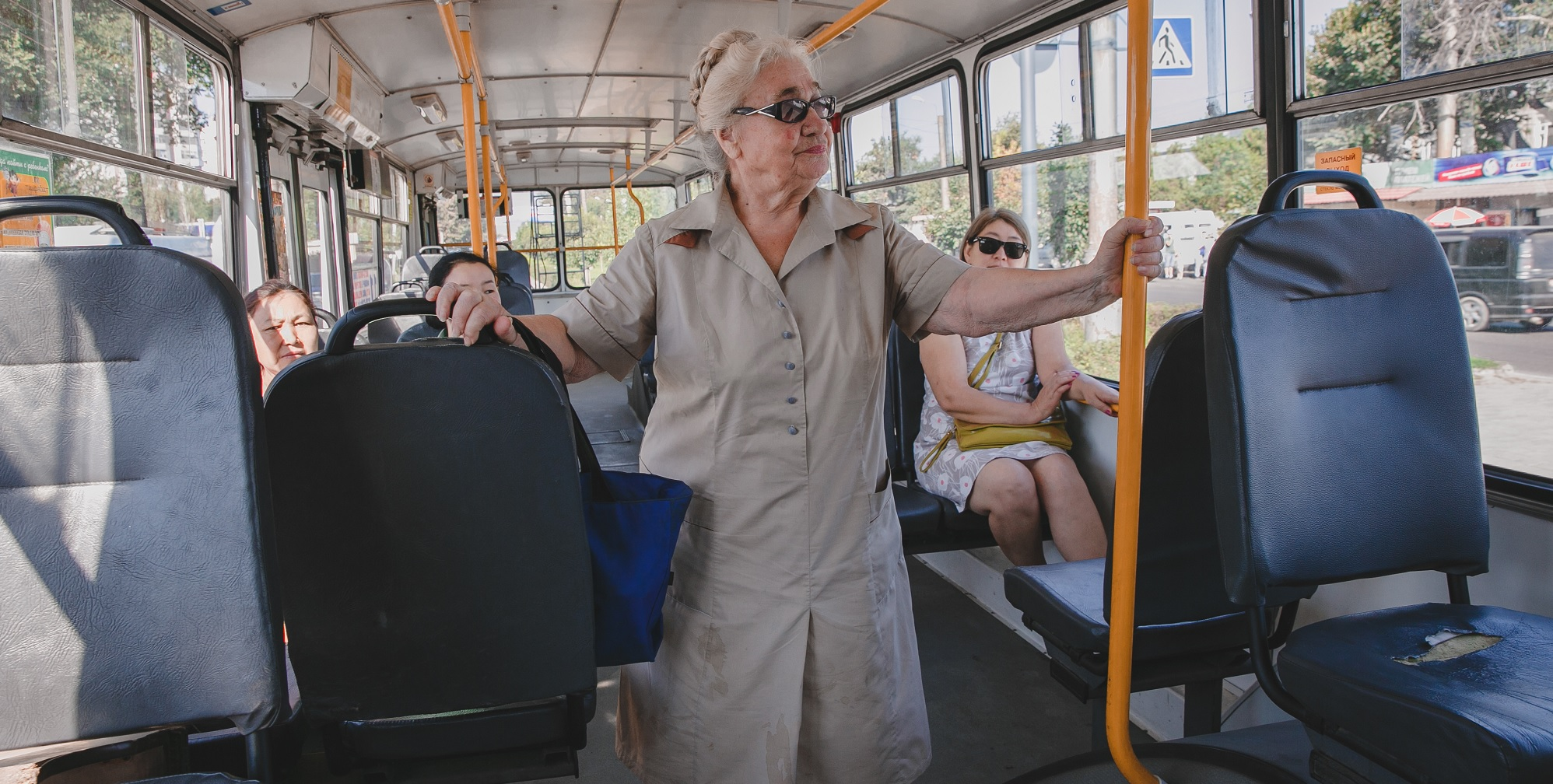 Clipart of old people on bus image library Make cities safe and inclusive for older people, says new HelpAge ... image library