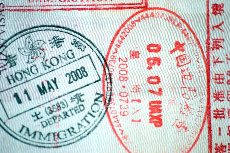 Clipart work visa application process time frame black and white library How to get a Work Permit and Visa for Hong Kong | InterNations GO! black and white library
