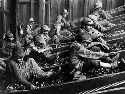 Coal miner crew clipart black and white graphic transparent download Coal miners picking out \