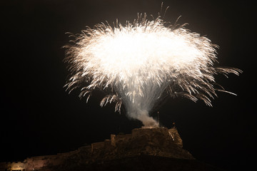 El verano fireworks black and white clipart