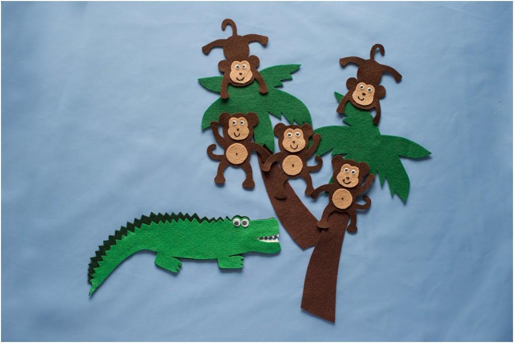 Five little monkeys swinging in a tree clipart graphic Five Cheeky Monkeys Swinging in a Tree – Felt Board Magic graphic