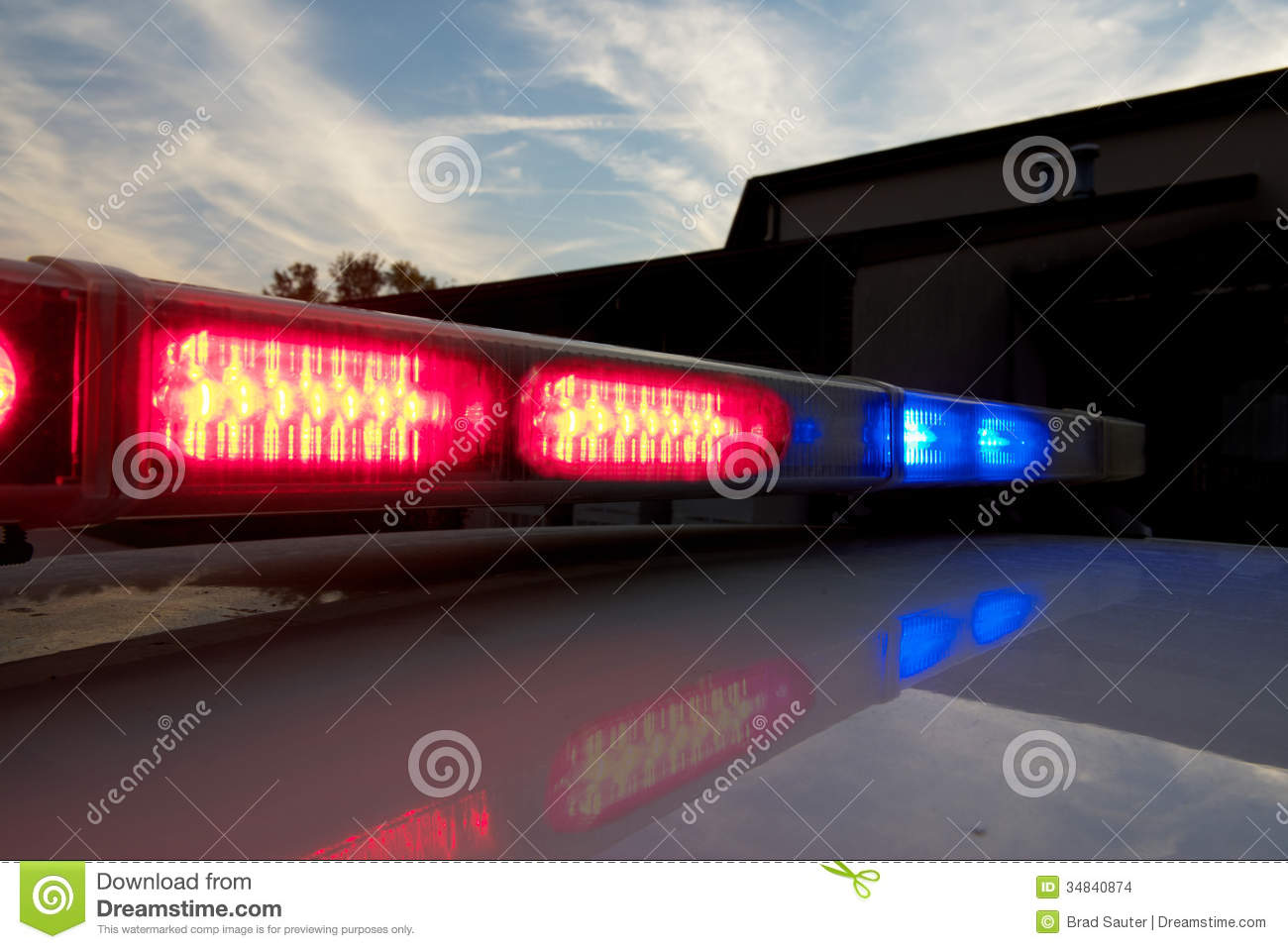 Flashing police car lights clipart png Police Car Light Bar Stock Images - Image: 34840874 png