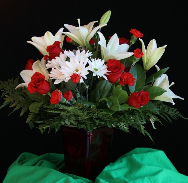 Flower bouquet images free download image Arrangement flower lilies vase roses bouquet Photo | Free Download image