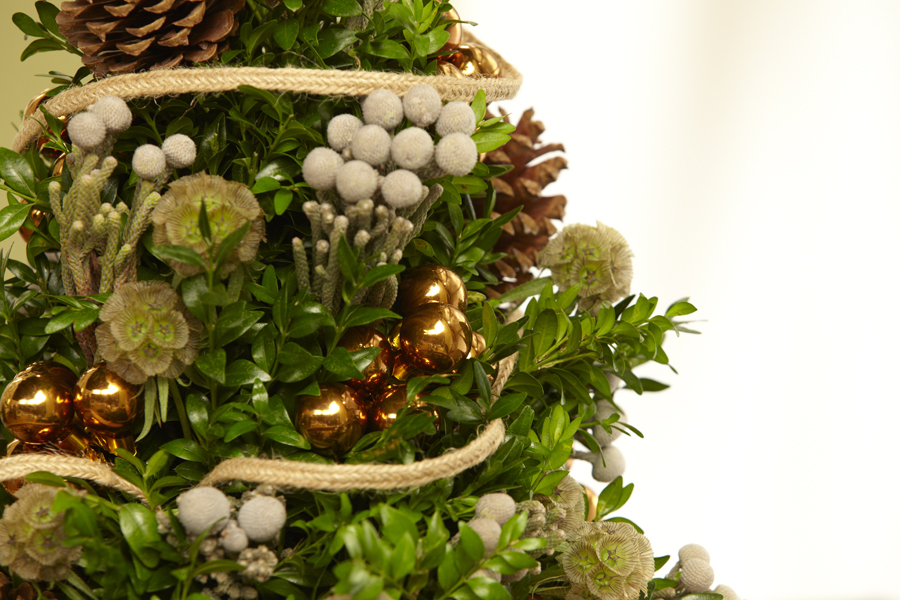 Free christmas flowers download image freeuse stock Christmas Present: FREE Download... at uBloom.com! - uBloom image freeuse stock