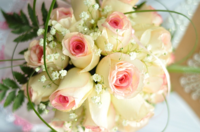 Free download flower bouquets royalty free stock Rose flower bouquet picture   Free download royalty free stock