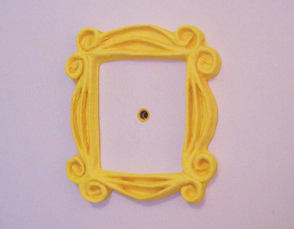 Friends peephole frame clipart banner freeuse library Friends Peephole Frame: 7 Steps (with Pictures) banner freeuse library
