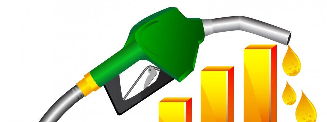 Fuel efficient cars clipart free Top 5 Fuel Efficient Petrol Cars under Rs 5 lakh- AutoPortal free