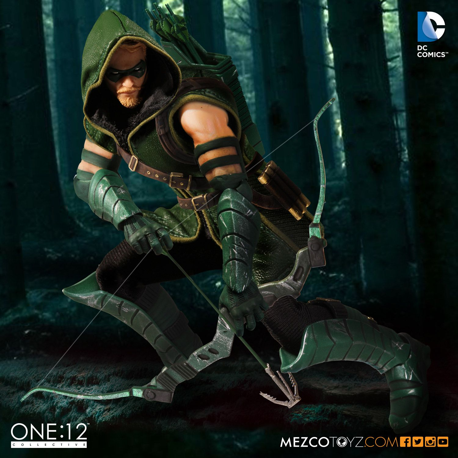 Green arrow images png black and white One:12 Collective DC Comics Green Arrow – Mezco Toyz png black and white