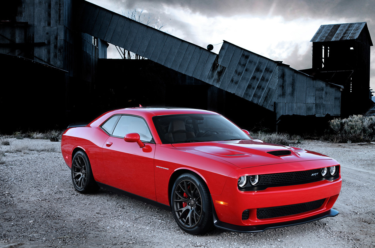Hellcat car vector freeuse stock The 600bhp+ Challenger SRT Hellcat Is Dodge's Muscular Middle ... vector freeuse stock