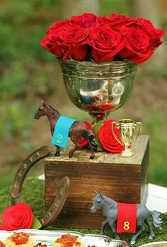 Horseshoe with roses ky derby bow tie clipart picture free 219 Best Kentucky Derby images in 2019   Kentucky derby ... picture free