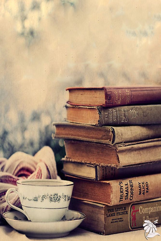 Images with books banner stock 17 Best ideas about Photography Books on Pinterest | Tumblr things ... banner stock