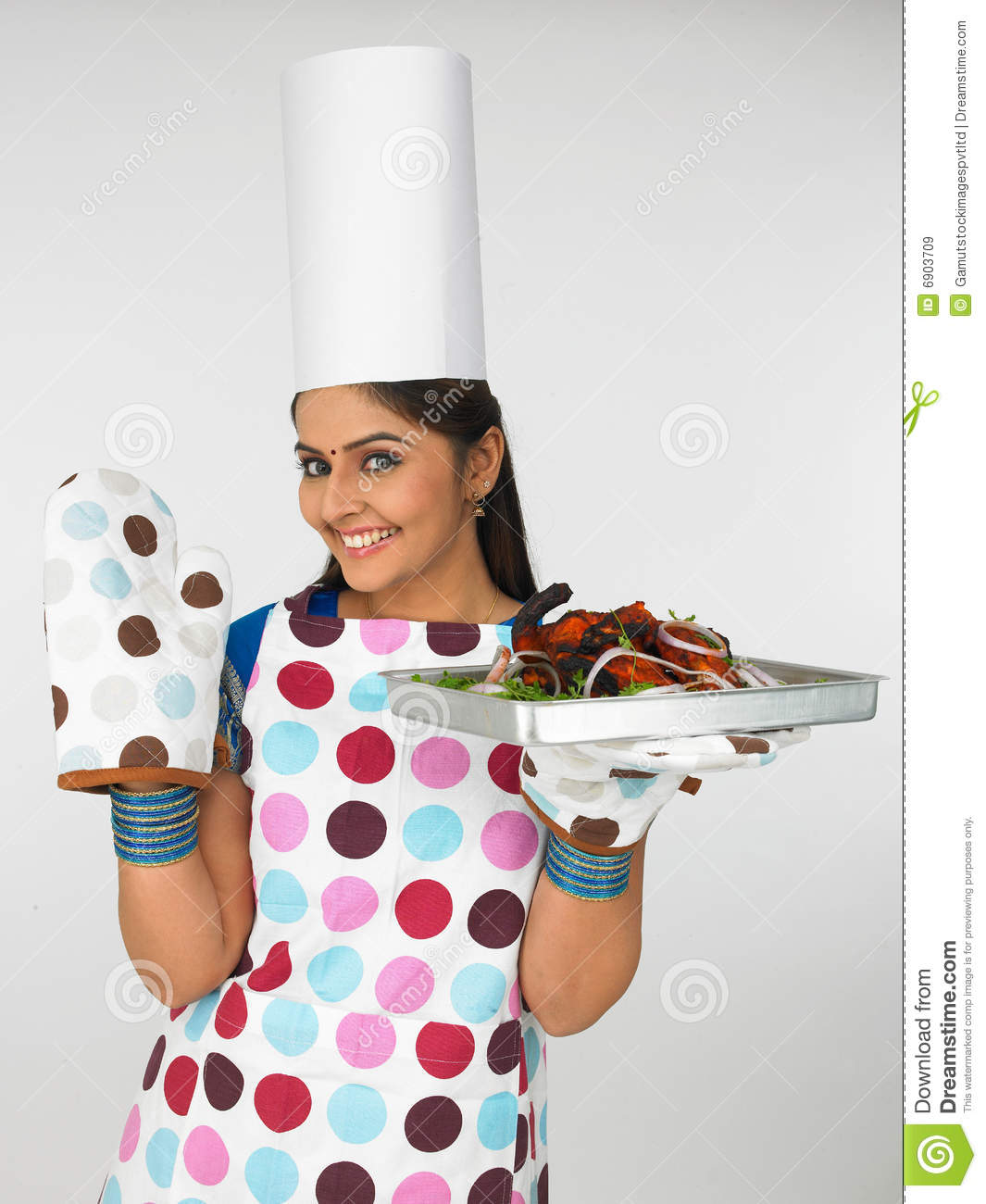 Indian lady chef clipart picture black and white Woman Chef With Baked Chicken Royalty Free Stock Images - Image ... picture black and white