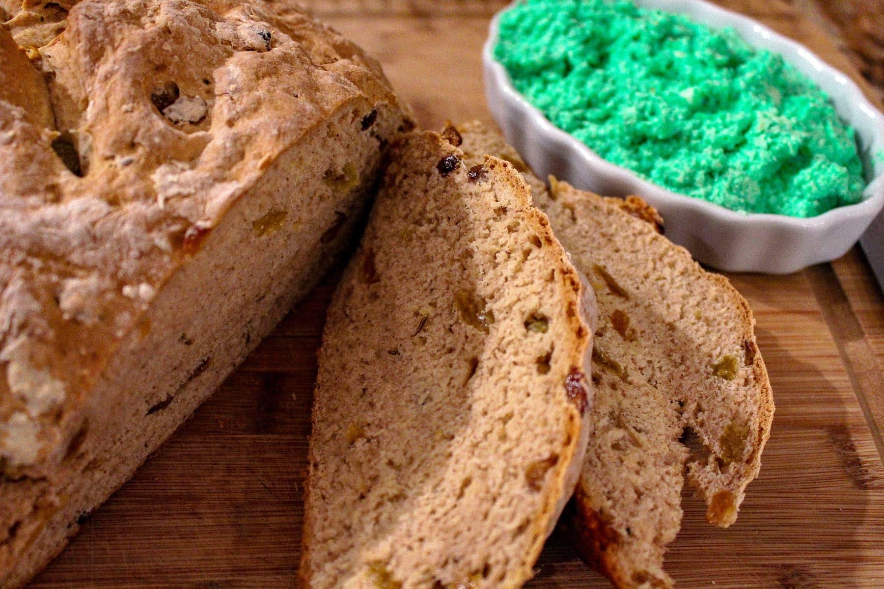 Irish soda bread clipart transparent graphic freeuse Mom\'s Irish Soda Bread with Tangy Green Butter graphic freeuse