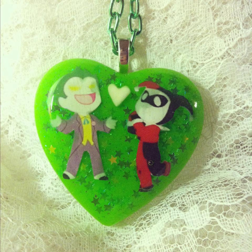 Joker harley quinn mad love clipart graphic free Joker & Harley Quinn Mad Love Comic Green Holographic Star graphic free