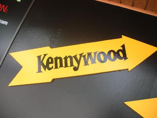 Kennywood clipart picture free stock The Famous Arrow Sign - Picture of Kennywood Park, West Mifflin ... picture free stock