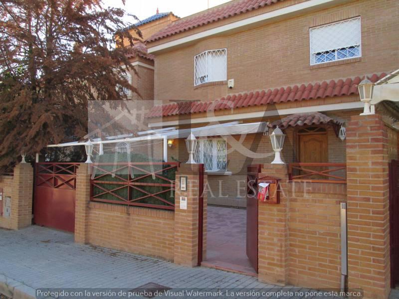 L&a construction clipart graphic free stock L&A Real Estate • San Fulgencio • Alicante • Spain graphic free stock