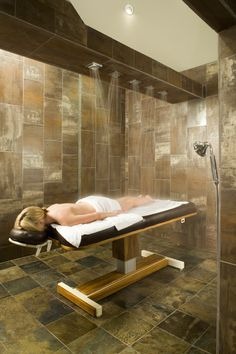 Luxurious spa room masoshing a person clipart clip library stock 13 Best Table showers images in 2017 | Spa design, Spa, Spa rooms clip library stock