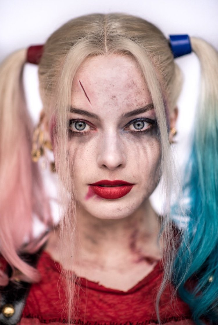 Margot robbie harley quinn clipart clipart royalty free library New portrait of Margot Robbie as Harley Quinn from 'Suicide Squad ... clipart royalty free library