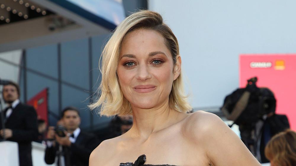 Marion cotillard clipart svg Marion Cotillard Joins Cast of Leos Carax\'s Musical \'Annette ... svg