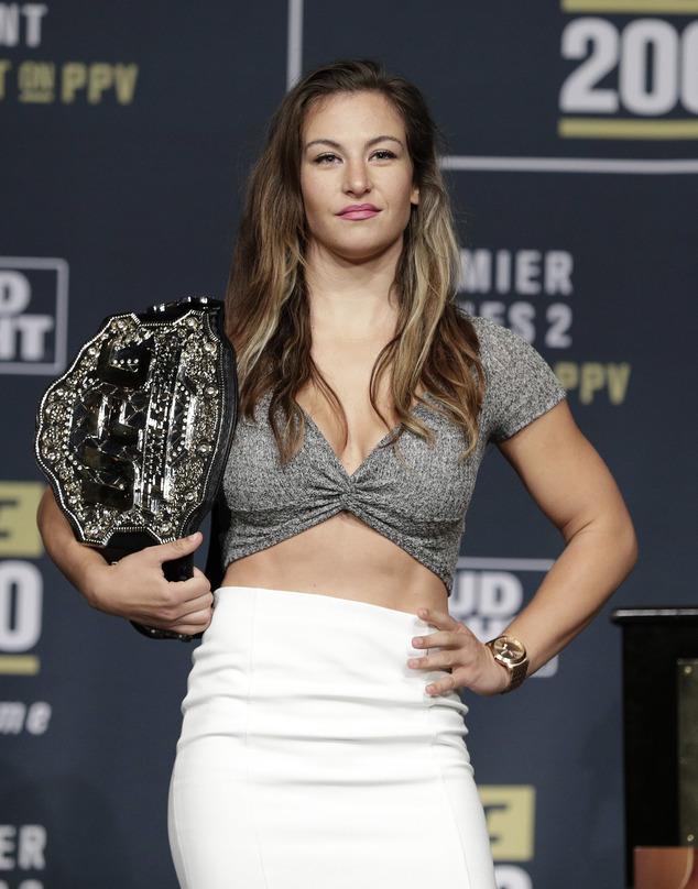 Miesha tate clipart banner free Anyone Else Miss Miesha Tate? | Sherdog Forums | UFC, MMA ... banner free