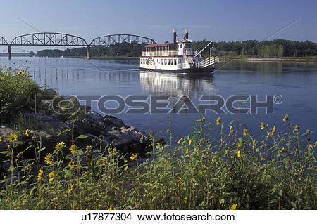 Misouri river water clipart clipart free download Stock Photo of North Dakota, Bismarck, The Lewis & Clark Riverboat ... clipart free download