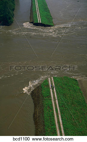 Mississippi river water clipart png free download Stock Photography of Aerial view of the Mississippi River breaking ... png free download