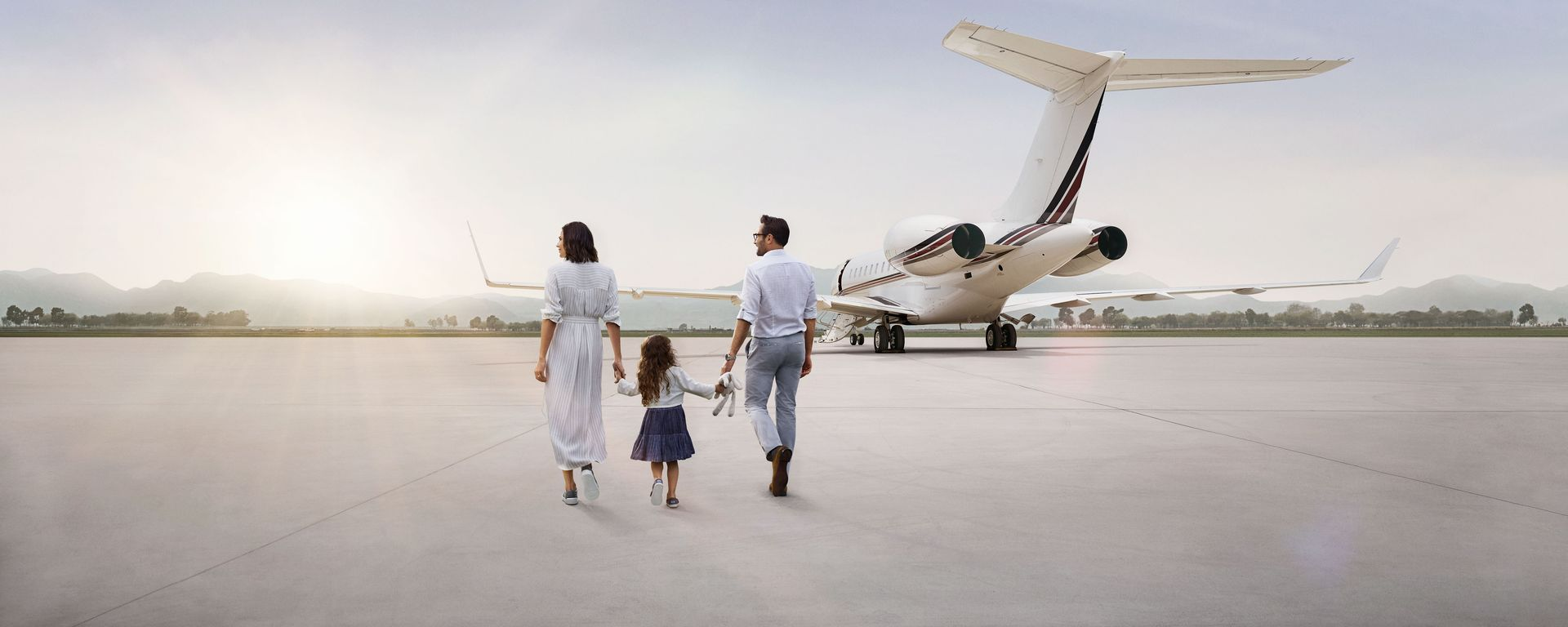 Netjets logo clipart picture download How the Company that Invented the Sharing Economy Is ... picture download